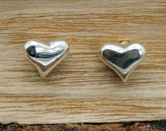 Sterling Silver Heart Earrings  (CRE-003)