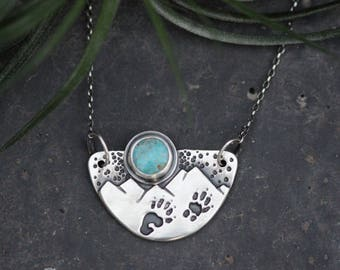 Marmot Tracks Necklace. Turquoise. Sterling Silver. 17 inch chain.