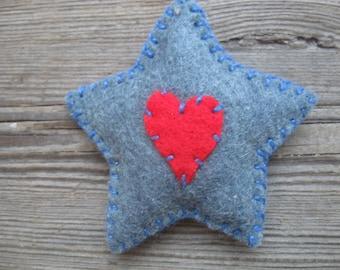 PRIM STAR denim blue felt PIN brooch