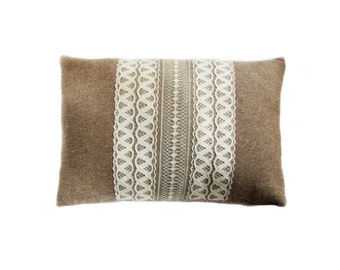 Fast Shipping/Naturale Pure Cotton Pillow Cover with Middle Lace  /Home Decor /Housewarming Gift