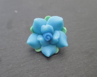 Flowers in blue polymer clay with blue heart 20 mm in packs of 4