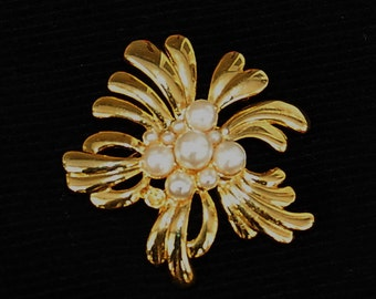 Vintage Gold Color And Pearl Like Beeds Brooch, Costume Jewelry, Flower Design Brooch, Gift For Mother, Mother's Day Gift, Gold Look Pin