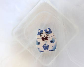 button wood Blue Cat