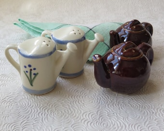 Shawnee Salt Pepper Shakers Ceramic Art Pottery Watering Can Blue Trim Floral Brown Teapot 1940s Cottage Chic Retro Kitchen Decor Englebreit