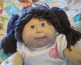 Vintage Cabbage Patch Kid Doll Girl - VIOLET eyes, #10 HM