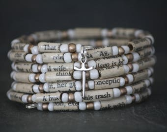 Shakespeare bracelet, Shakeapeare jewelry, book jewelry, Othello bracelet, book lover gift, recycled book jewelry, paper bead bracelet
