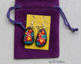Handmade earrings. Recycled jewellery. Polymer clay earrings. Sterling silver earrings.Red flowers.