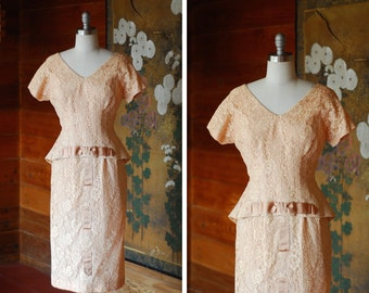 vintage 1950s dress / 50s lace and bow peplum dress / size medium m