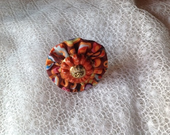 Button and cotton textile pop retro ring
