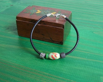 Ceramic and leather Earth Jewelry pearl bracelet