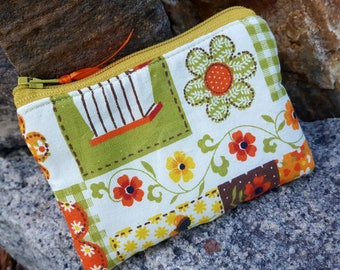 Autumn Coin Purse, Ladies Zipper Wallet, Floral Change Purse, credit card pouch, Ear Bud Pouch