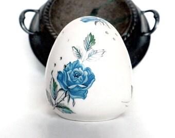 Egg Pomander With Blue Rose Pattern - 3 inches, Potpourri Holder, Scent Holder, Rose Pomander, Porcelain Pomander, Egg Shaped Pomander
