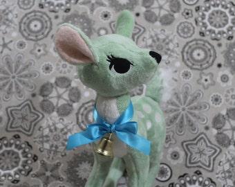 Vintage-style deer plush ~ Green