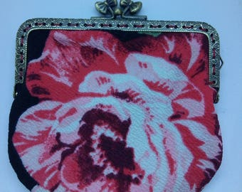 The large flowers pouch