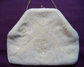 1950s Beaded Evening Bag. White Beaded Evening Bag. Small Beaded Purse. Purse with Chain. Satin Lining.  Bridal Accessory. Wedding Purse