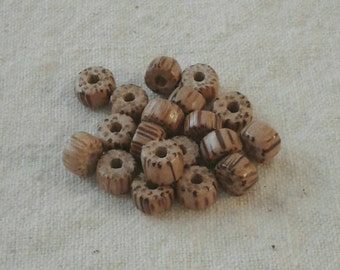 Striped Wood Beads - 8 x 3.5 mm - Set of 18