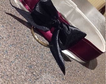 dark red and black garter