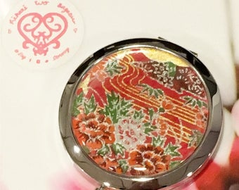 Gorgeous Red Golden blossoms Folding Compact Mirror