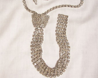 Outstanding Vintage all Rhinestone Neck Tie Necklace