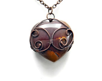 Heart Shaped Pendant / Heart Necklace / Celtic Wire Wrapped Heart / Gemstone Heart Necklace / Wire Wrapped Pendants / Heart Shaped Necklace