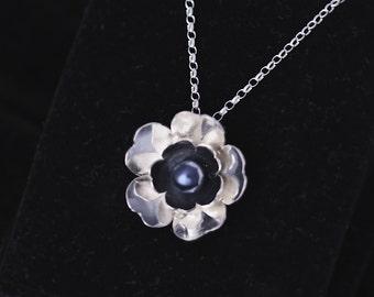 handmade sterling silver pendant with Swarovski pearl, Ag 925/000