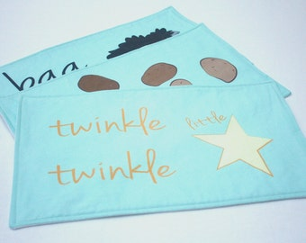 Nursery Rhymes Burp Cloth/Burp Cloth Set. Handmade Unique Baby Shower Gift. Nursery Rhyme Song. Twinkle Twinkle Little Star. Baby Accessory.