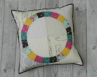 Quilted Pillow Cover + Round Patchwork Placemat {PDF sewing pattern} instant download, sewing, quilting, patchwork, sotak patterns, house