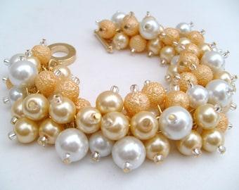 Lemon and White Pearl Beaded Bracelet, Wedding Jewelry, Bridesmaid Bracelet, Cluster Bracelet, Pearl Bracelet, Pearl Jewelry, Chunky Jewelry