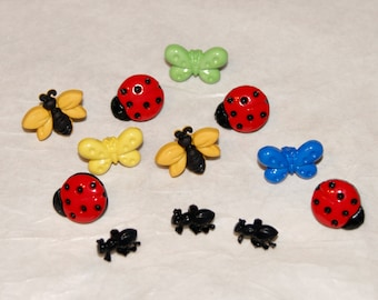 12 Buttons, Summer BUGS Buttons - Whimsical - Shank back  (AG 8)