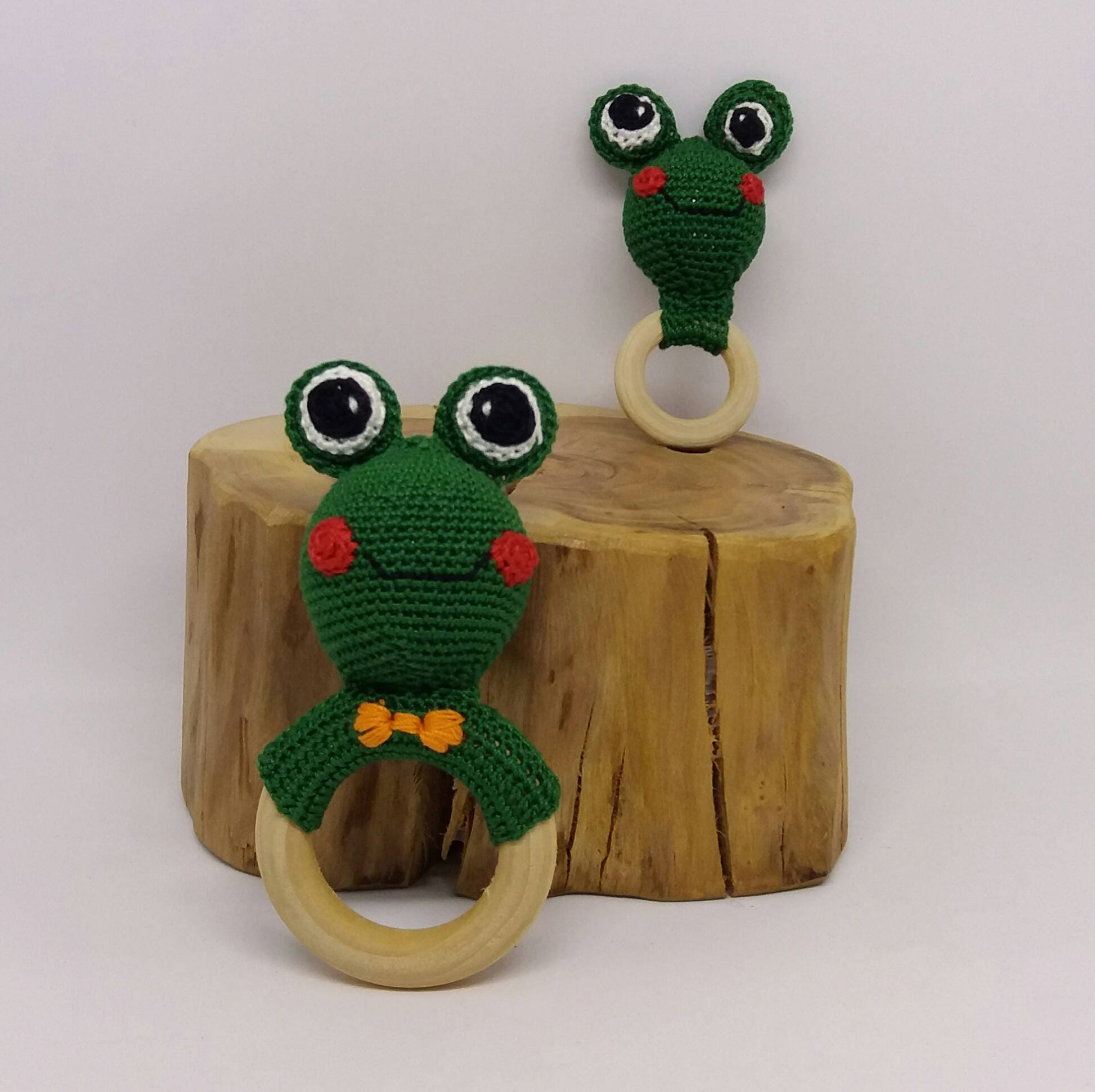 Crochet frog rattle toy/crochet rattle toy/cotton crochet