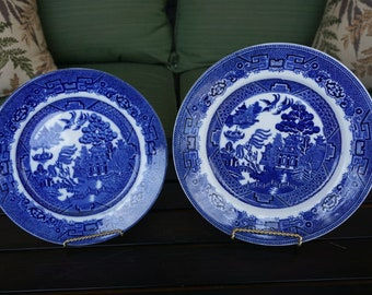 Vintage Allertons England Blue Willow Dinner and Salad Plate