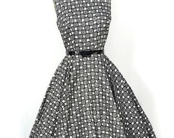 1950s Dress / 1950s Fashion Circle Skirt /  1950s Party Dress with Full Circle Skirt