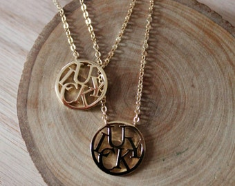 Round Gold Lucky Charm Necklace/ Lucky Good Luck Charm Wording Word Luck Charm Round Circle Pendant Necklace (NMP29)