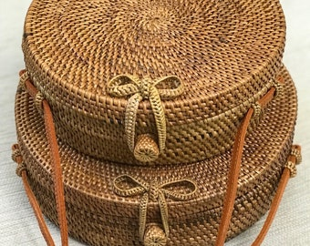 Extra Large Rattan Bag Round Bag Straw Bag L - XL size with Woven Bow, Buckle and Clip Closure Natural Handwoven Bali  Ata Grass