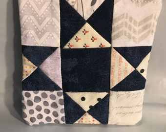 Navy and White Pieced Quilt Block Zippered Coin Purse Wallet