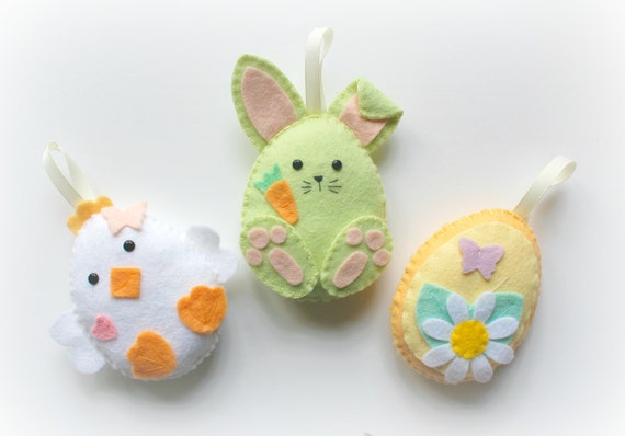 Make your own felt easter friends garland kit easter make your own felt easter friends garland kit easter decorations sewing pattern easter gifts easter tree felt garland easter bunny negle Gallery