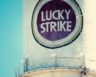 Lucky Strike Tower (Durham, NC) - Standard Edition