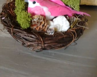 Spring/Easter Table Decoration - nesting bird.