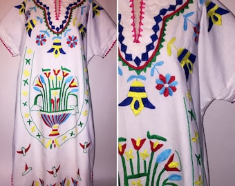 Vintage 1970s 70s Hand Embroidered Caftan Dress Size Medium Large Boho Hippie Floral Design White Red Green Yellow Blue