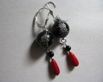 Vintage Natural  Onyx and Coral Pools of Light Sterling Silver Earrings