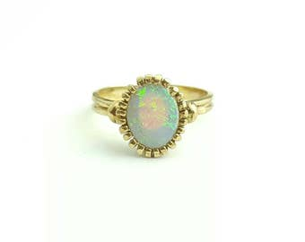 Vintage 10k Yellow Gold and Opal Ancient Style Crown Setting Ring - Size 5.5