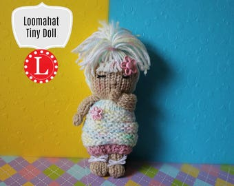 Handmade Knit Baby Doll and Pattern  |  Loomahat Cupcake Doll