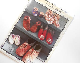 My Favorite Pair Pattern by Favorite Things Pattern Designs, Slipper Pattern for all sizes, Jiffy Grip