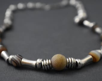 Necklace - Tibetan Agate Elegance