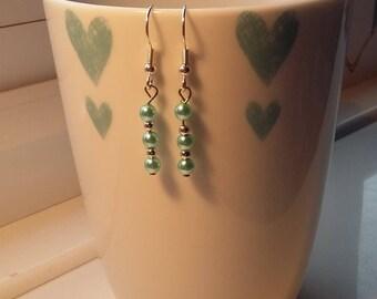 Elegant drop earrings