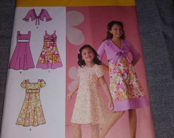 Simplicity 2683 sewing girls spring dress pattern