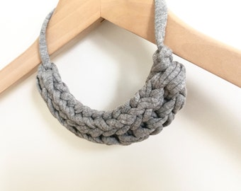 T-shirt yarn necklace - Stocking filler necklace - Gift for her - Grey knitted necklace - Grey jewellery