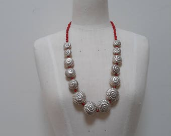 Sterling silver shells and glass seed beads necklace.