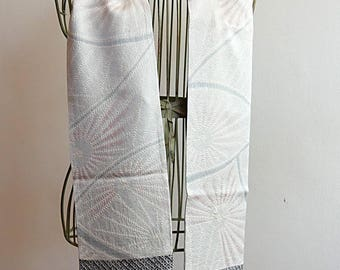 Ivory vintage Japanese silk kimono scarf with light gray accents, reversible
