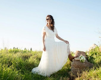 Lace Wedding Dress Hippie Wedding Dress Bohemian Wedding Dress Lace Wedding Gown Boho Wedding Dress Beach Wedding Dress Simple Wedding Dress